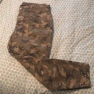 Worn once Lane Bryant camo cropped pant with studs